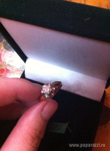 В День Святого Валентина неизвестный подарил Максим кольцо